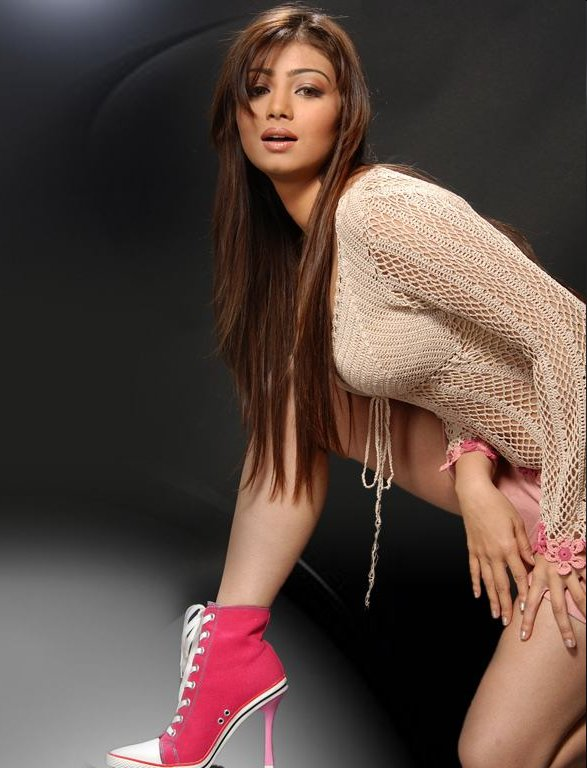 Айшвария Рай - индианка, которая покорила Голливуд - родилась в 1973 году.