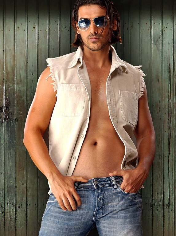 Фото голых индийских актеров