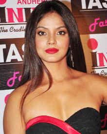 Обои на рабочий стол индийские актрисы